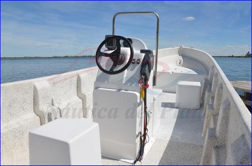 tracker pescador 7 mts de eslora ideal lancha de trabajo 0km