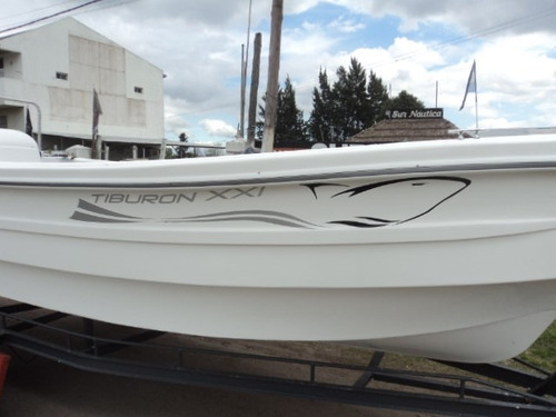tracker tiburon xxi - calidad insuperable - sur nautica -