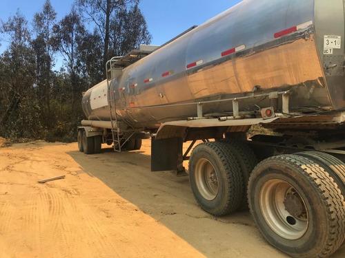 tracto camion con estanque acero inoxidable