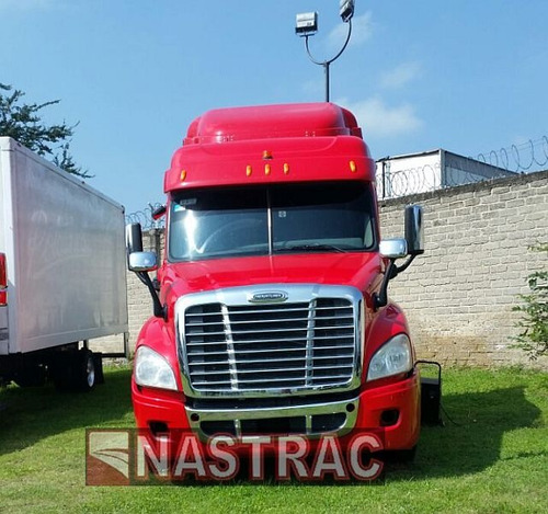 tractocamion freightliner cascadia 2014