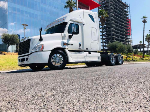 tractocamion freightliner cascadia motor isx 10 velocidades