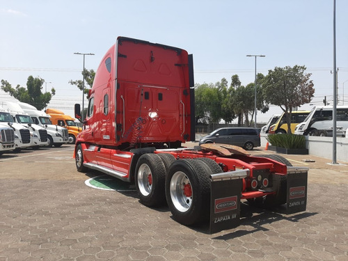 tractocamion freightliner cascadia raised roof modelo 2014