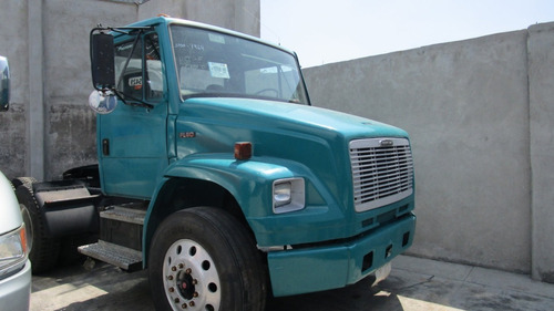 tractocamion freightliner day cab 2001