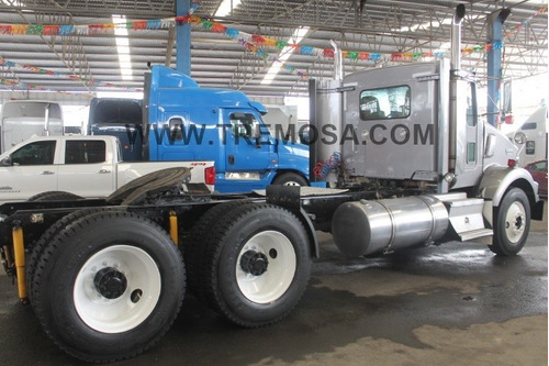 tractocamion kenworth  daycab   t800 2011 100% mex.  #3151