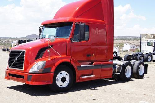 tractocamion volvo año 2006 (gmx105522)