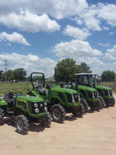 tractor 30 hp doble tracción tipo roland con 3 puntos