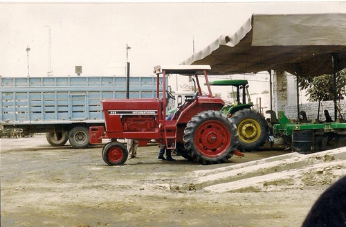 tractor agricola international mod. f986d