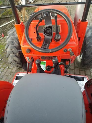 tractor agrícola.  marca goldonni.