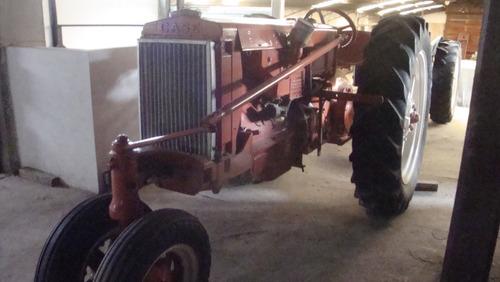 tractor antiguo case triciclo