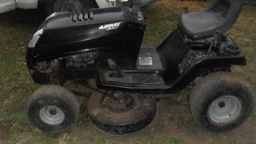 tractor cor pasto