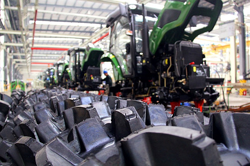 tractor doble tracción compacto  frutero tipo new holland 60