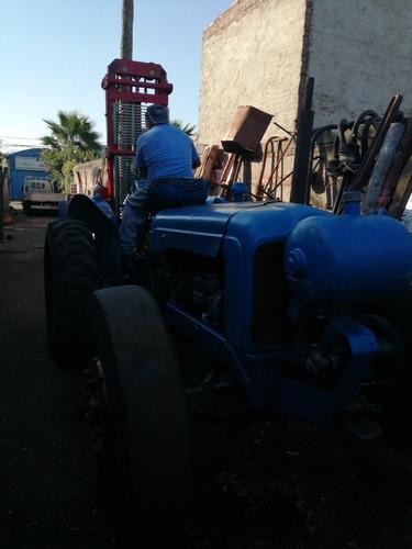 tractor elevador
