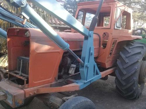 tractor fiat 700e con pala gomas 23.1.30 70%   tpea