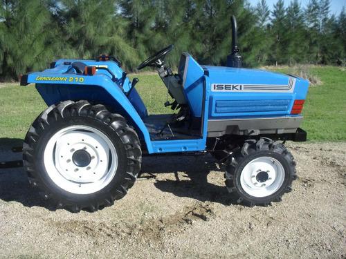 tractor iseki ta 210  4x4 con chirquera nueva incluida.