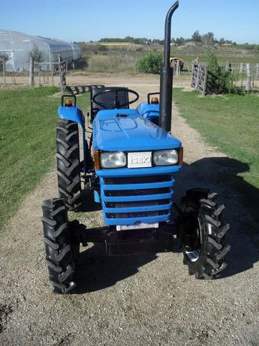 tractor iseki ts 2202 4x4 con chirquera nueva incluida.