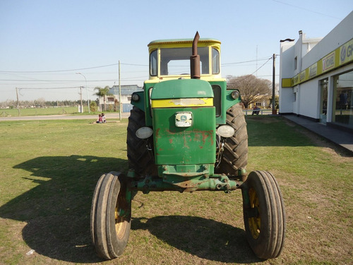 tractor john deere 3530 con cabina. muy buen estado general