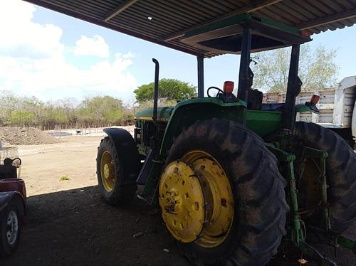 tractor john deere modelo 7500 con doble tracción