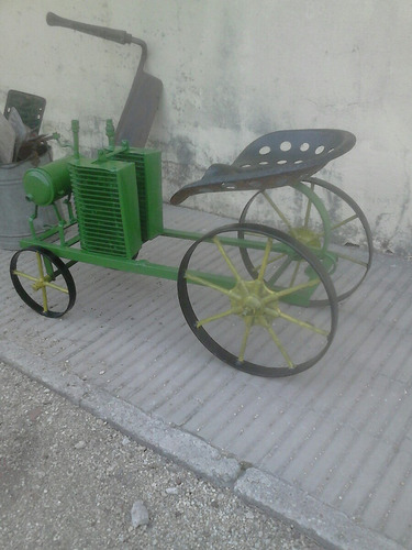 tractor johon dere antiguo juguete
