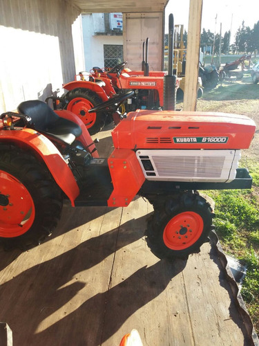 tractor kubota b 1600 d 4x4 con chirquera nueva
