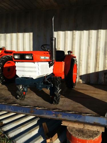 tractor kubota b 1600d 4x4 con chirquera nueva