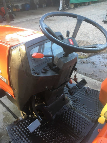 tractor kubota l4200