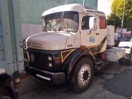 tractor mercedes benz 1526 no 1114