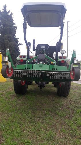 tractor parquero con desmalezadora