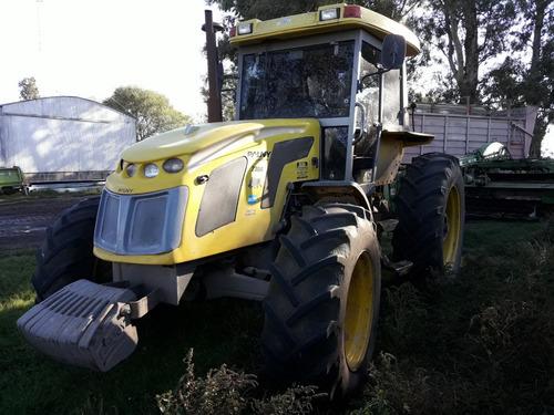 tractor pauny 230a 2010 doble traccion aire acondicionado