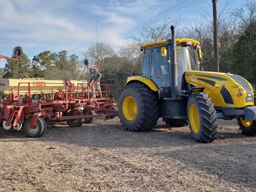 tractor pauny audaz 220 hp, bomba hid  300 litros