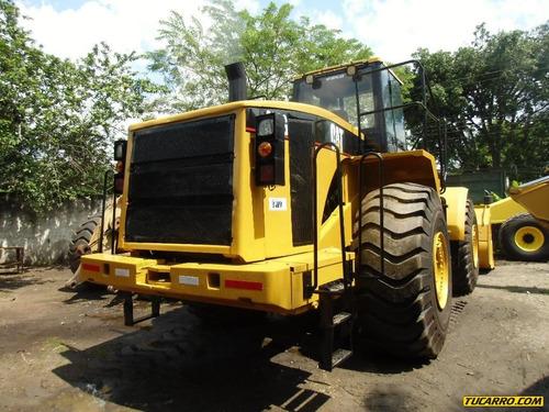 tractor ruedas maquinaria pesada