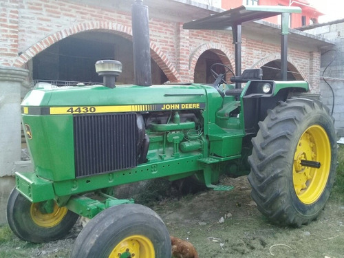 tractor yohn deere 4430