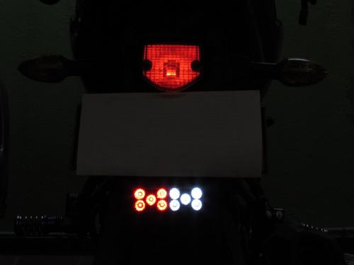 tragaluz o reflectivo led doble color para moto