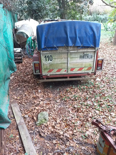 trailer 2 ejes 1800 kg caja metal/madera 2.60x1.30 alto 1.20