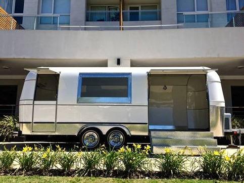 trailer americano air para promociones, eventos, publicidad