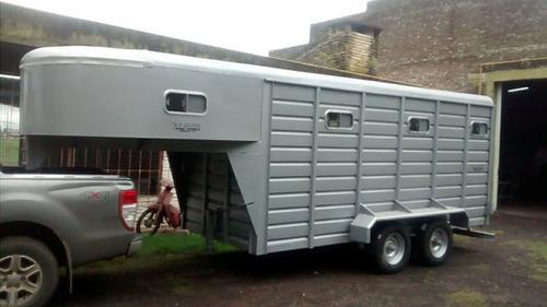 trailer batan para caballos con buche dormitorio  la guapa