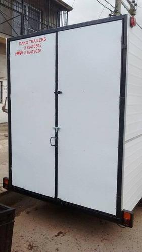 trailer cerrado 4 metros capasidad 1500kg