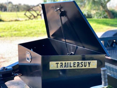trailer chata con balancín pivotante, únicos en el mercado.