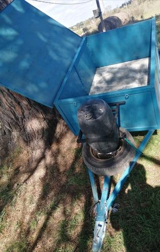 trailer con chapa del mercosur inmaculado