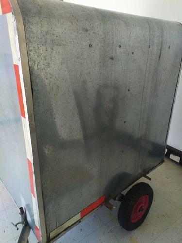 trailer de carga cubierto con conexión a moto