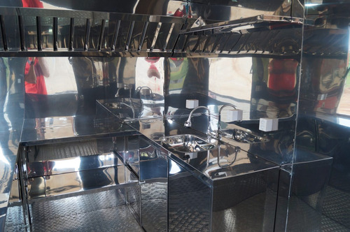 trailer food truck 3mx2m com freio - 10x sem juros no cartão