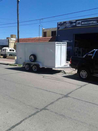 trailer furgon doble eje con freno electrico