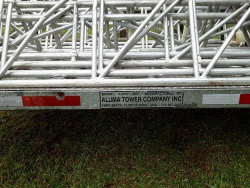 trailer importado aluma tower con dos torres de aluminio