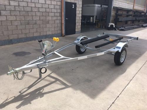 trailer mactrail moto de agua cama de madera, patentable!