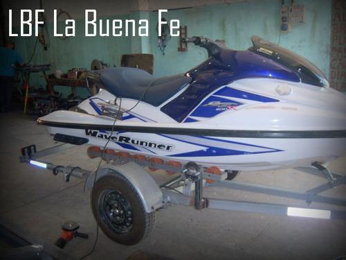 trailer moto de agua