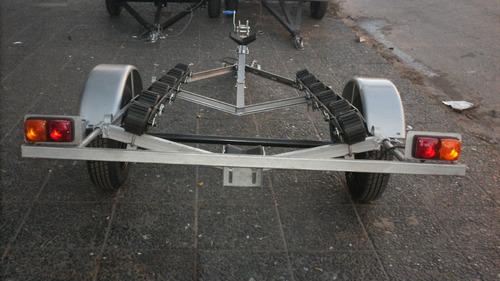 trailer nautico con cama de rodillos de 3.3 metros