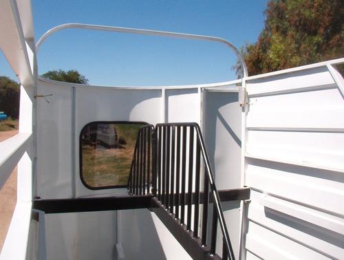 trailer para 2 caballos