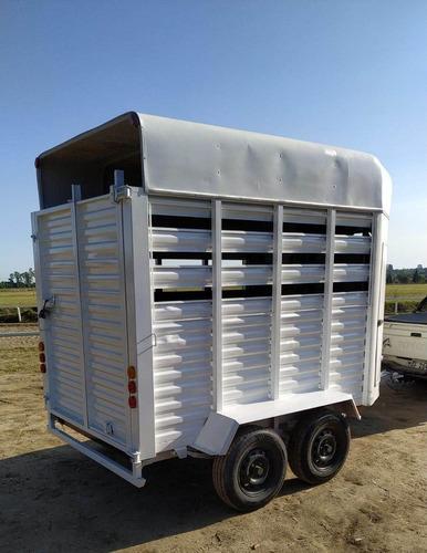 trailer para 2 o 3 caballos impecable estado