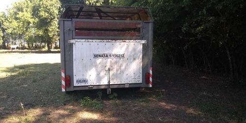 trailer para caballos  enganche cigueña