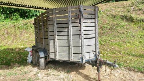 trailer para dos caballos