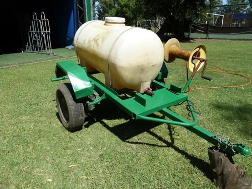 trailer tanque de 500 litros